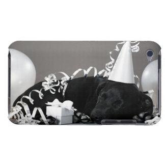 Chiot dormant dans des décorations de partie coques iPod touch
