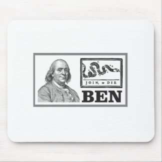 chpped snake ben mouse pad