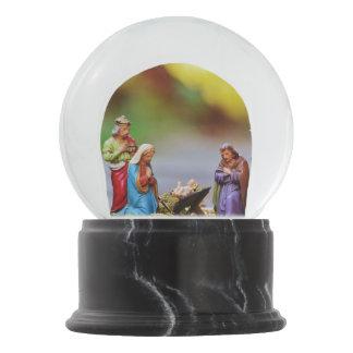 Christmas Creche Snow Globe