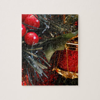 Christmas Drum with Berries Jigsaw Puzzle