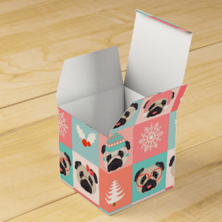 Christmas Holiday Pugs on Checks Wedding Favor Boxes