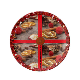 Christmas Potpourri Decorative Plate