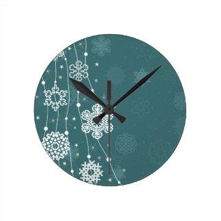 Christmas snow2 round clock