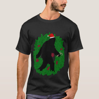 Christmas Squatchin' T-Shirt
