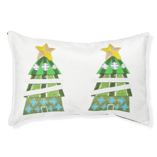 Christmas Tree Hotel Dog Bed