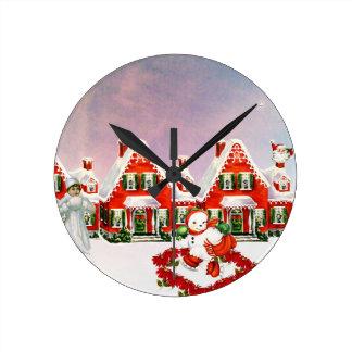 CHRISTMAS VILLAGE ROUND CLOCK