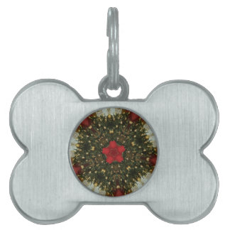 Christmas Wreath Red Green Gold with Red Star Pet Tag