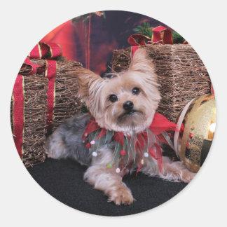 Christmas - Yorkshire Terrier - Vinnie Round Sticker