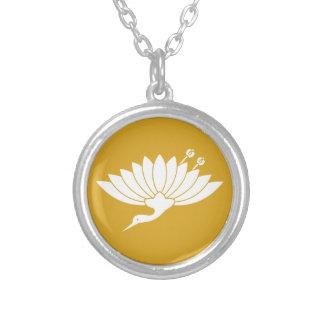 Chrysanthemum crane silver plated necklace