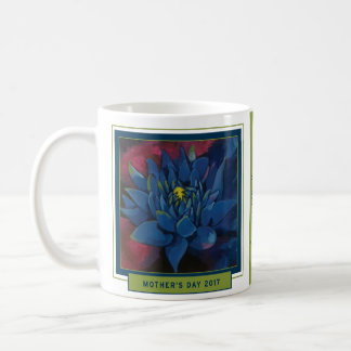 Chrysanthemum Mother's Day Mug — If Mom's were flo
