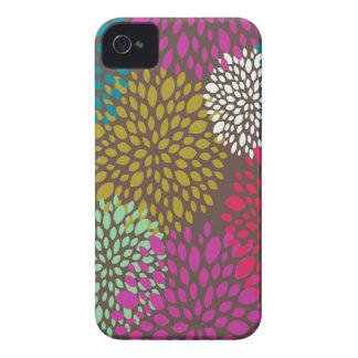Chrysanthemum Splash iPhone 4 Cases