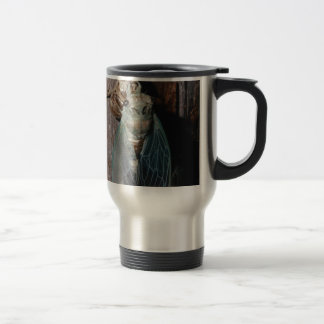 Cicada dries his wings travel mug