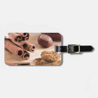 Cinnamon sticks and powder luggage tag