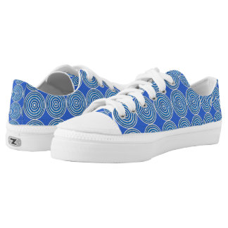 Circle Chic Low-Top Sneakers