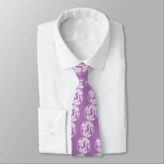 Circle of grape tie