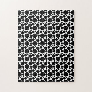 Circles & Dots in 7 Sizes: Repeating Black & White Jigsaw Puzzle