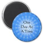 citation spirituelle inspirée - un jour à la fois magnet rond 8 cm