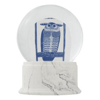 Cite Modern Owl In Blue Snow Globe