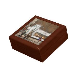 City - Amsterdam NY - Hamburgers 5 cents 1941 Gift Box