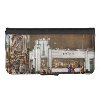 City - Amsterdam NY - Hamburgers 5 cents 1941 iPhone SE/5/5s Wallet Case