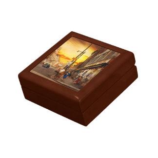 City - Amsterdam NY - The lost city 1941 Gift Box