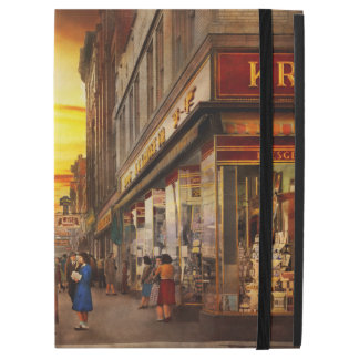 "City - Amsterdam NY - The lost city 1941 iPad Pro 12.9"" Case"