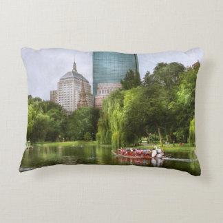 City - Boston Ma - Boston public garden Accent Pillow