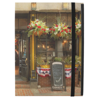 "City - Boston MA - For the weary traveler iPad Pro 12.9"" Case"