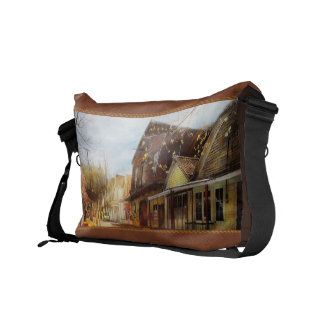 City - California - The town of Downieville 1933 Messenger Bag
