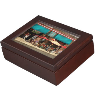 City - Edison NJ - Pino's basket shop Keepsake Box