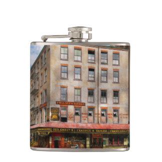 City - New York NY - Fraunce's Tavern 1890 Flasks