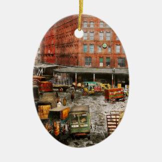 City - New York NY - Stuck in a rut 1920 Ceramic Oval Ornament