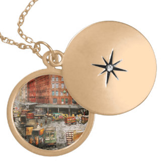 City - New York NY - Stuck in a rut 1920 Gold Plated Necklace