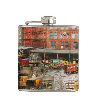 City - New York NY - Stuck in a rut 1920 Hip Flask