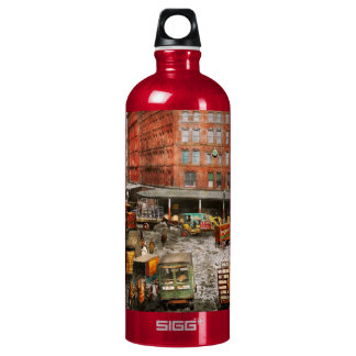 City - New York NY - Stuck in a rut 1920 Water Bottle