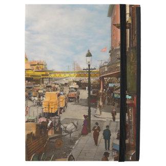 """City - NY - A hundred some years ago 1900 iPad Pro 12.9"""" Case"""