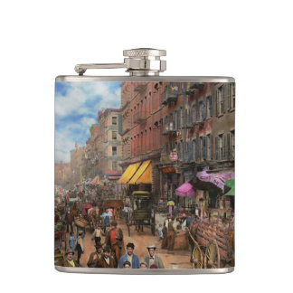 City - NY - Flavors of Italy 1900 Hip Flask