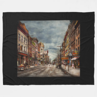 City - NY - The ever changing market place 1906 Fleece Blanket