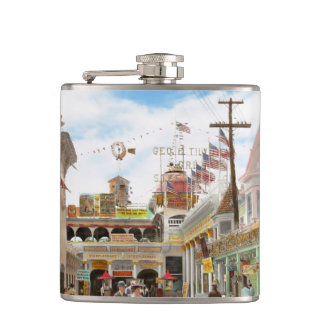 City - NY - The Great Steeplechase 1903 Hip Flask