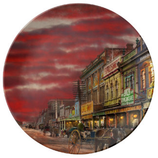 City - NZ - The shopping district 1908 Porcelain Plate