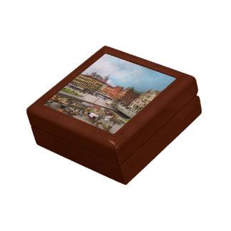 City - Syracuse NY - The Clinton Square Canal 1905 Gift Box