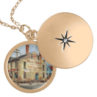 City - VA - Dealers in Fertilizers Gold Plated Necklace