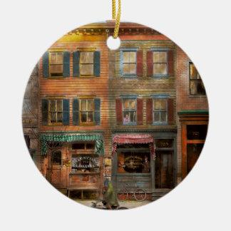 City -  Washington DC  - Ghosts of the past 1925 Round Ceramic Ornament