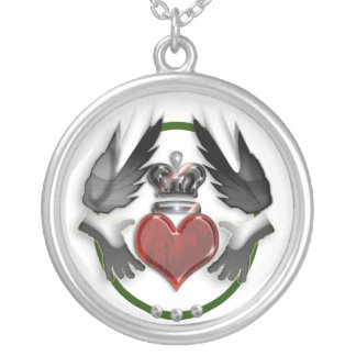 claddagh heart silver plated necklace
