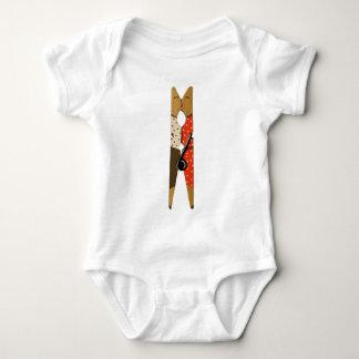 Clamp mm baby bodysuit