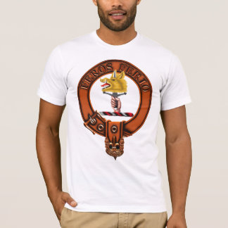 Clan Chisholm Family Crest and Targe T-Shirt