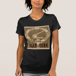 Clan Gunn Crest Badge - Sepia T-Shirt