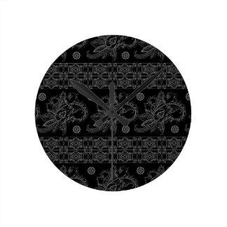 CLASSIC BLACK BAROQUE PATTERN WALL CLOCK