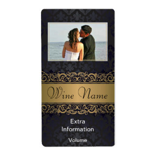 Classic Black Gold Pattern Wine Label With Kisses
