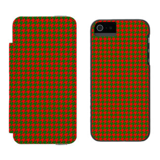 Classic Christmas Red and Green Houndstooth Check Incipio Watson™ iPhone 5 Wallet Case